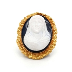 Carved Stone Cameo & 18ct Yellow Gold Brooch