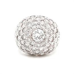 Diamond Studded Bombe Dress Ring
